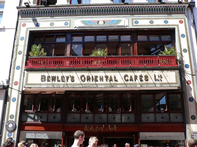 Bewleys_shop_front