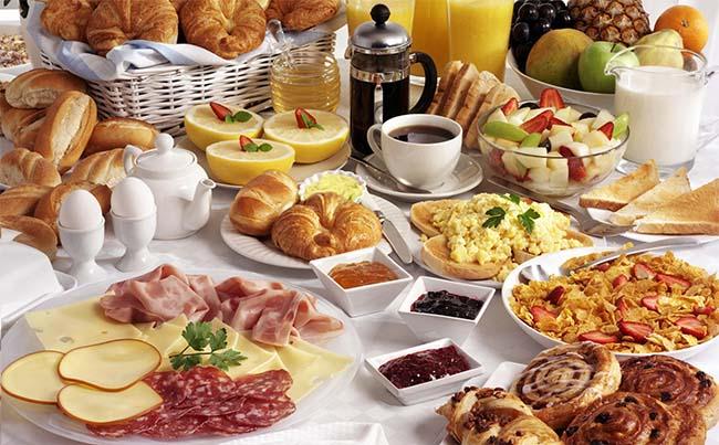 German-Continental-Breakfast-Banner-butter