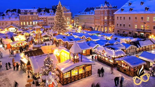 Strasbourg-France-Market-Christmas