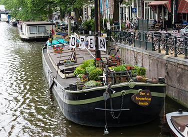 hendrika-marie-houseboat-275px