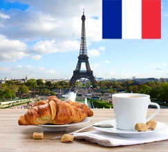 French-Coffee-Croissant-Paris